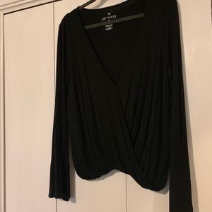 Black twist front blouse with bell sleeves// large